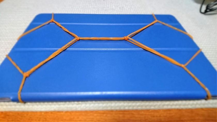 できあがり1:輪ゴムを使って大きな輪を作る